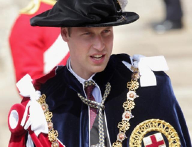Принц Уильям и Кейт Миддлтон приняли участие в параде Ордена Подвязки. ФОТО