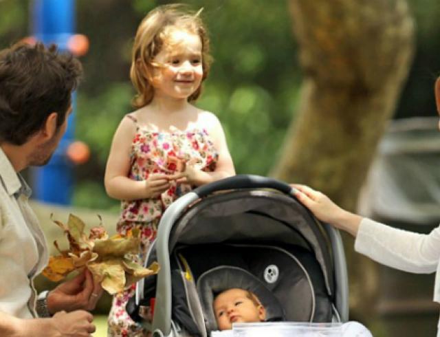 Элисон Ханниган впервые показала дочь. Фото