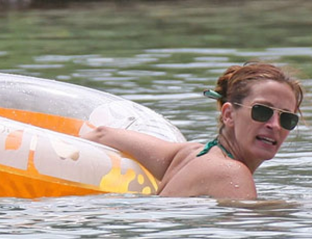 Джулия Робертс отдохнула с детьми на Гавайях. Фото