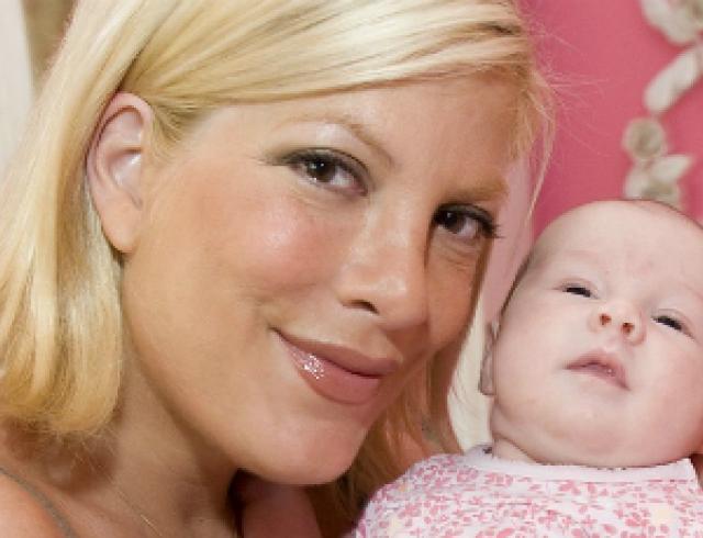 Тори Спеллинг родила четвертого ребенка