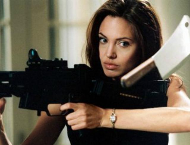 """Питт сделал Джоли """"убийственный"""" свадебный подарок"""