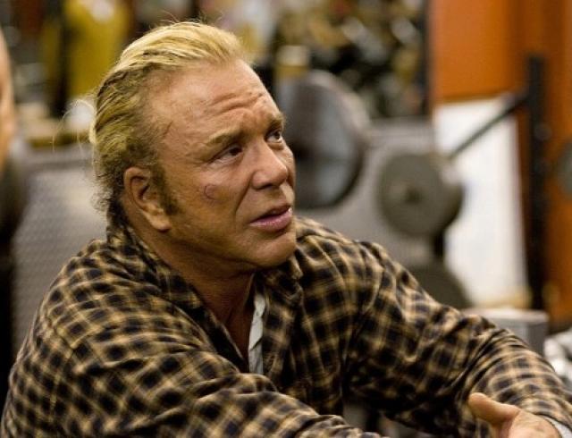 Как выглядит Микки Рурк после очередной пластической операции? Фото