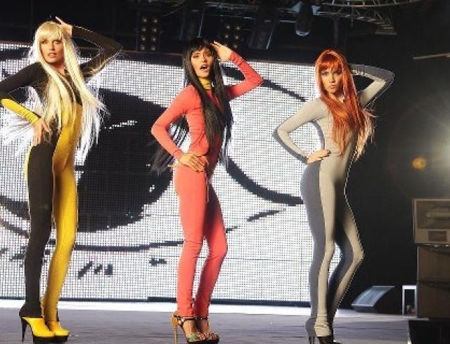 """Группа """"Фабрика"""" представила новое видео на песню «Она это я»"""
