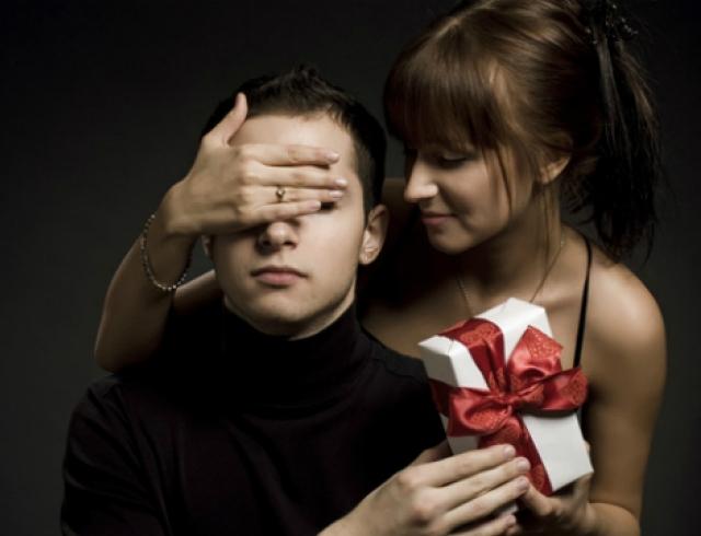 Секс подарки на 23 февраля мужчинам