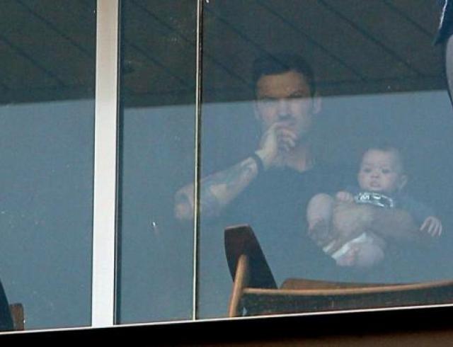 Появились первые снимки сына Меган Фокс и Брайана Остина Грина. Фото