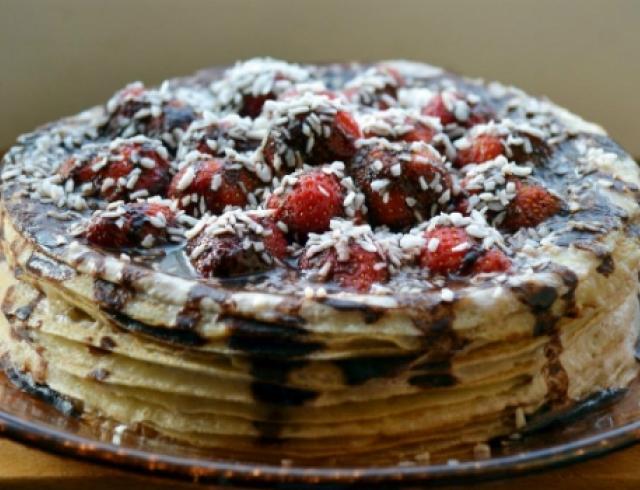 Блинный торт с нутеллой
