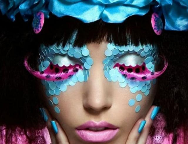 Как решиться на креативный макияж?