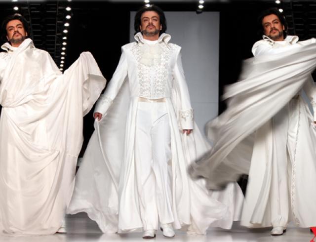 Филипп Киркоров надел свадебное платье