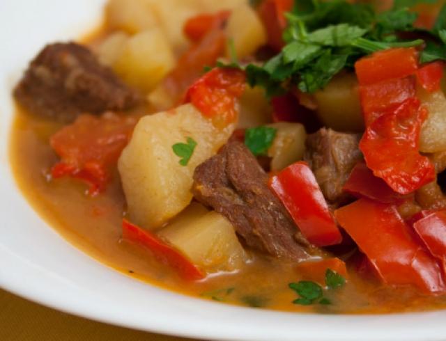 "Рецепт от Эктора: суп ""Бограч"""