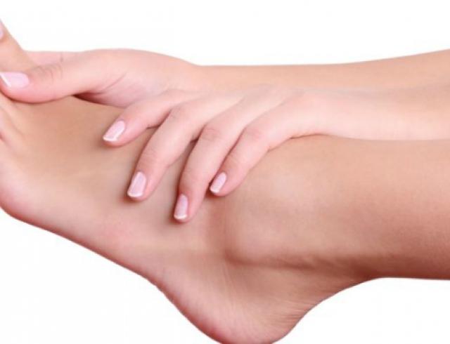 Топ 7 массажных движений от усталости в ногах