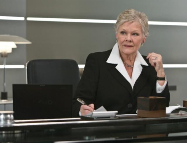 Актриса Джуди Денч теряет зрение