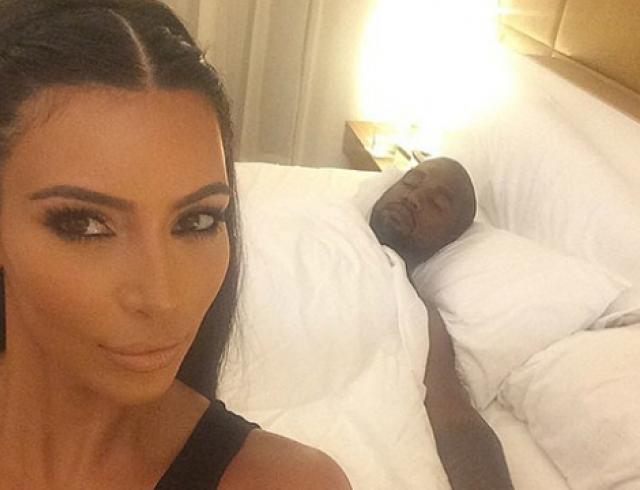 Ким Кардашьян готовит сборник селфи Selfish