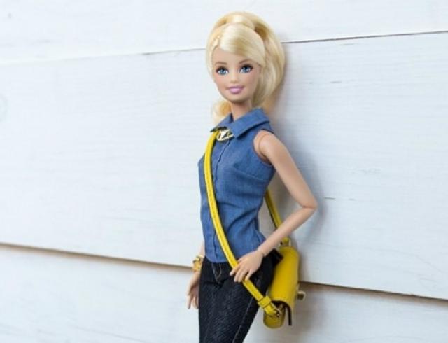 Кукле Barbie завели аккаунт в Instagram