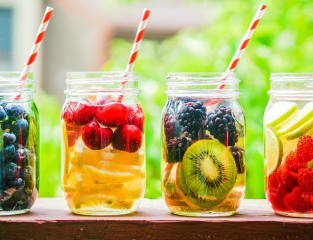 Что пить, чтобы худеть: детокс-коктейли