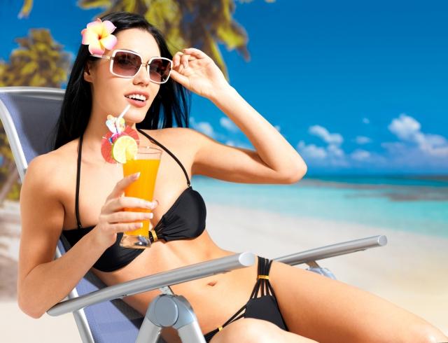 Какой солнцезащитный крем выбрать: 5 вариантов до 100 гривен