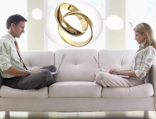 Стоит ли вступать в гражданский брак: мнение экстрасенса