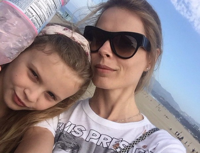 Как дочь Ольги Фреймут попала на Аллею славы, отдыхая с мамой в Лос-Анджелесе