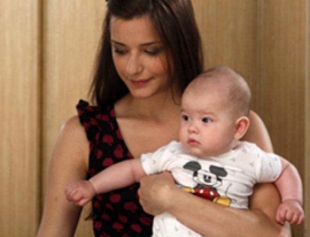 «Папина дочка» родила: новой актрисе сериала всего 4 месяца!
