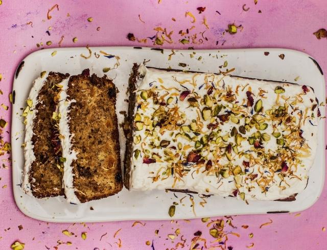 Лучший рецепт года по версии The Guardian: банановый хлеб с кокосовой глазурью