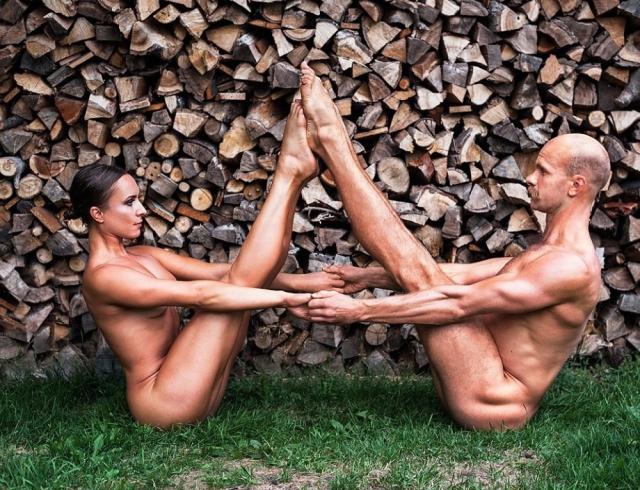 Обнаженка ради благотворительности: календарь польских спортсменов