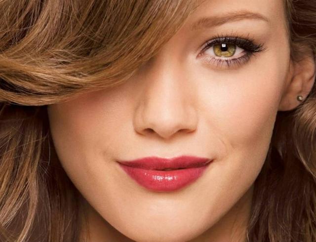 Как без боли избавиться от усиков на лице: 3 эффективных способа