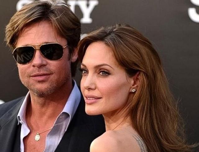 Анджелина Джоли заранее готовилась к разводу: актриса хочет забрать большую часть нажитого