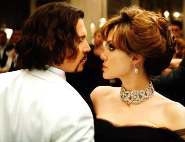 Анджелина Джоли после расставания с Брэдом Питтом сблизилась с Джонни Деппом: пророчат самый громкий роман года!
