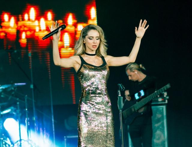 """Из певиц в продюсеры: LOBODA анонсировала новый проект """"Gadar"""" и презентовала песню """"Не плачь"""""""