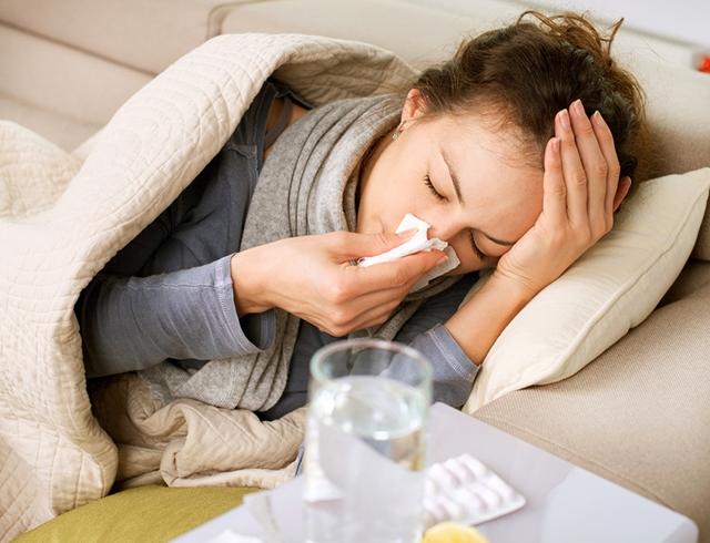 Лиз Бурбо про грипп и психосоматику: грипп возникает тогда, когда человек чувствует себя жертвой (ЭКСКЛЮЗИВ)