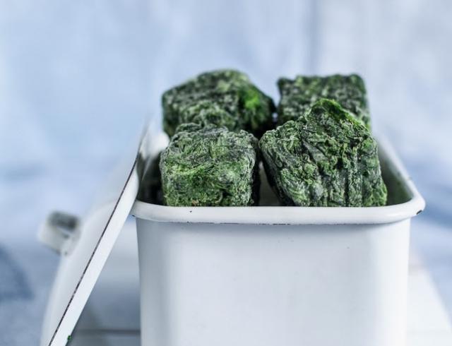 Как избежать камней в почках: шпинат, молоко, и другие продукты, о вреде которых ты не подозревала