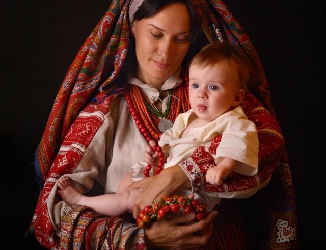 Какого числа День матери 2017 в Украине: когда поздравляем дорогих мам