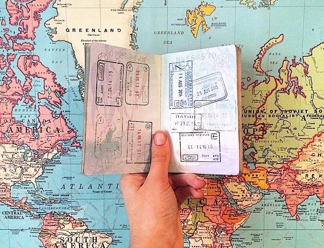 Видеть мир: как получить биометрический паспорт
