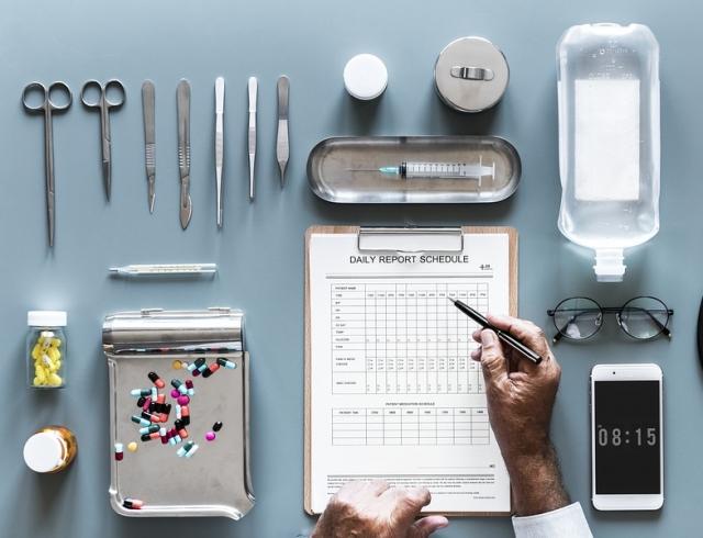 День медицинского работника в 2018 году: красивые поздравления с праздником в стихах
