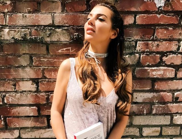 Анна Седокова рассказала о том, как избавилась от послеродовой депрессии