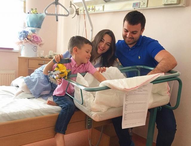 Жена Григория Решетника показала новорожденного сына и растрогала честным рассказом о беременности (ФОТО)