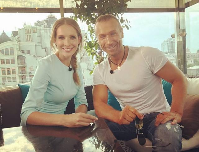 Звездный фитнес: Олег Винник устроил Кате Осадчей интенсивную тренировку в зале (ВИДЕО)