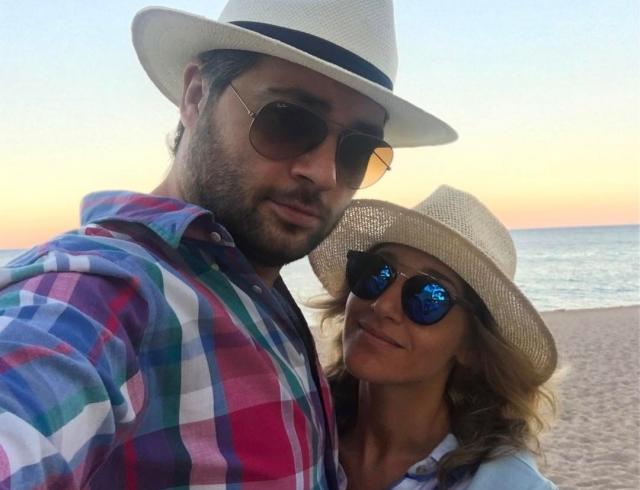 Алексей Чумаков и Юлия Ковальчук ждут ребенка: пара впервые официально рассказала о пополнении, показав фото