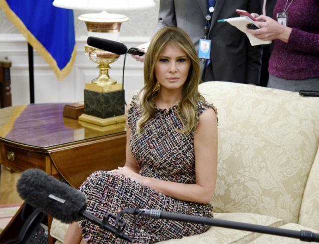Мелания Трамп на встрече с премьер-министром Таиланда покорила элегантным осенним образом (ФОТО)