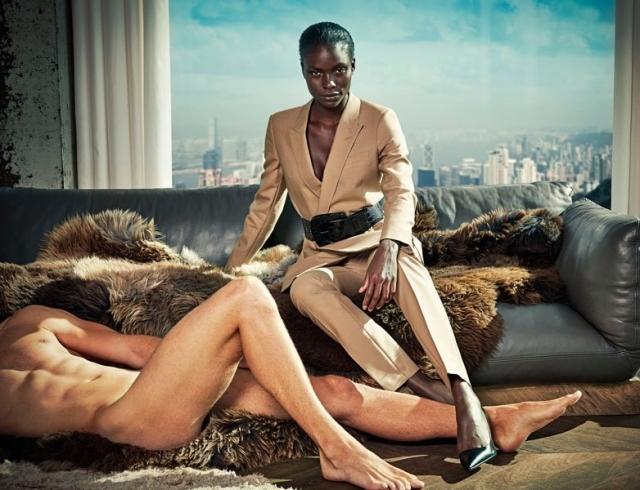 Все наоборот: нидерландский бренд Suitsupply запустил кампанию #nodressingmen против объективации женщин