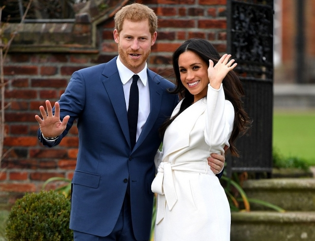 Принц Гарри и Меган Маркл впервые вышли в свет после объявления о помолвке (ФОТО+ВИДЕО)