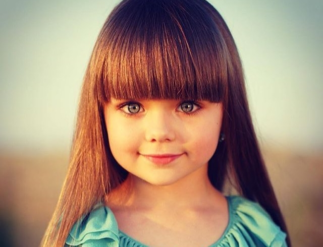 Западные СМИ назвали шестилетнюю россиянку Анастасию Князеву самой красивой девочкой в мире (ФОТО)