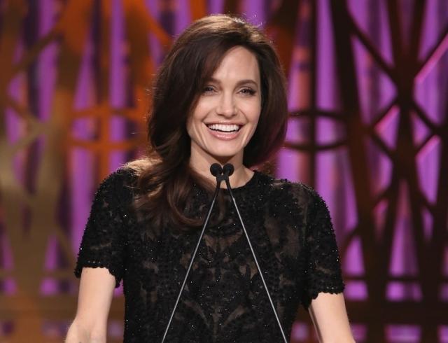 Анджелина Джоли выступила с эмоциональной речью в защиту прав женщин (ВИДЕО)