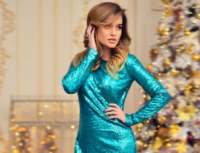 Что надеть на Новый год 2018: идеи платьев от Ксении Бородиной (ФОТО)