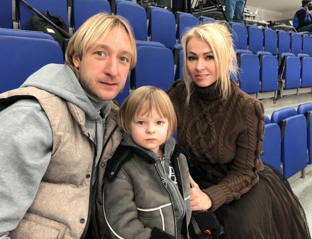 Хейтеры атаковали сына Рудковской и Плющенко (ВИДЕО)