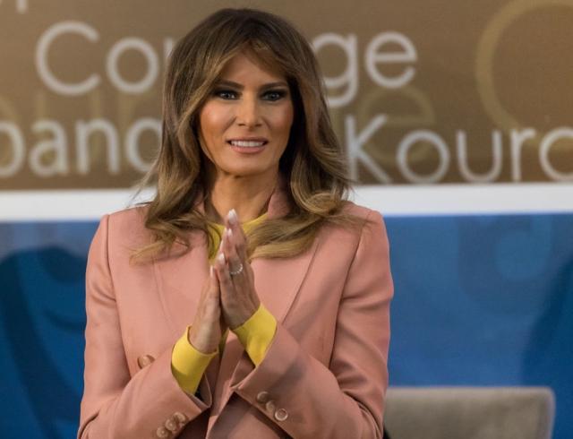 Мелания Трамп в образе от Emilio Pucci самого модного оттенка весны произвела фурор!