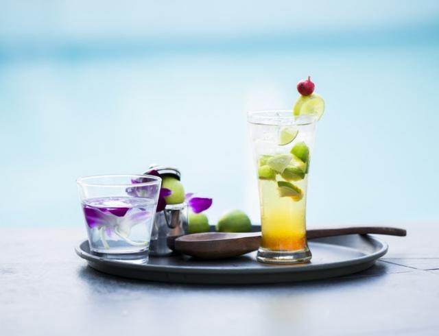 Летние освежающие коктейли: топ-6 лучших напитков этого сезона