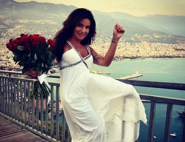 СМИ: Юлия Волкова впервые вышла замуж
