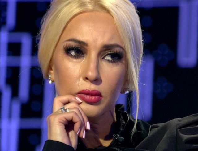 Лера Кудрявцева через 3 недели после родов возвращается кработе