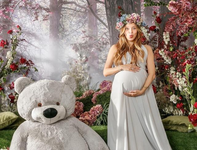 Меня мучил токсикоз иотекали ноги: Регина Тодоренко откровенно о собственной беременности
