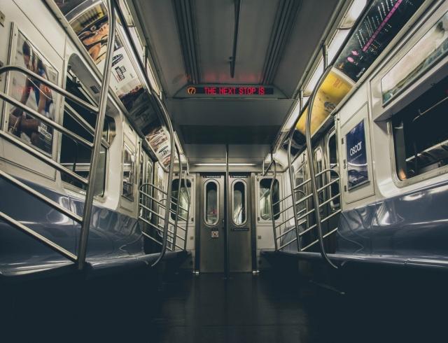 Звезды не ездят в метро? Украинские артисты о подземке